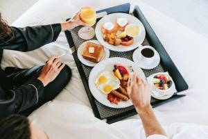 Breakfast options available to guests at Fairmont Banff Springs