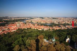 Vista aerea di Luxurious Apartments Ujezd