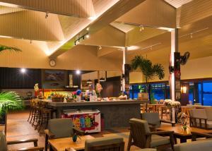 Een restaurant of ander eetgelegenheid bij Anda Lanta Resort
