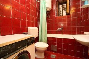 A bathroom at Apartment Plat 4792b