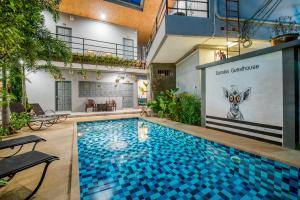 The swimming pool at or near Samsha Guesthouse