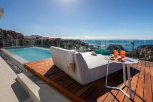 Piscina en o cerca de Royal Hideaway Corales Suites, by Barceló Hotel Group