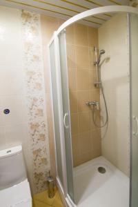 A bathroom at Rus Hotel