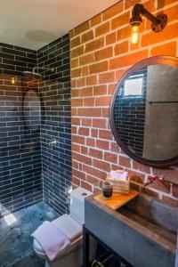 A bathroom at Rango Hostel Boutique
