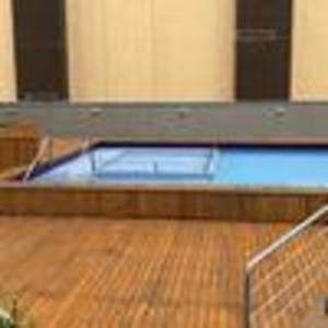 A piscina localizada em BE Morumbi ou nos arredores