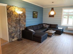 Et sittehjørne på Charming timber house in Stryn, Norway