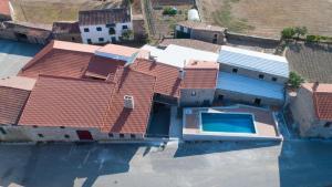 Uma vista aérea de Casa Mirandês Rural