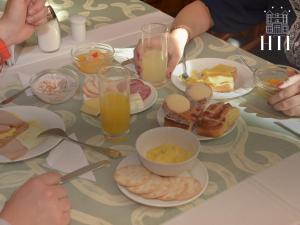Opciones de desayuno disponibles en Hotel Tierra Del Fuego