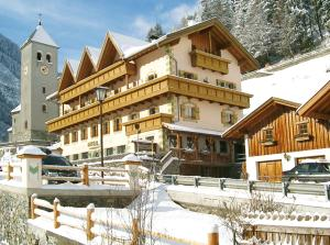 Hotel Gallia during the winter