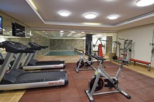 Academia e/ou comodidades em Novotel Suites Riyadh Dyar