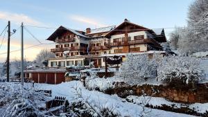 Hotel La Cumbrecita durante el invierno