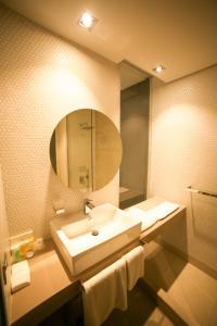 Um banheiro em M Executive Residence & Boutique Hotel - Adults Only