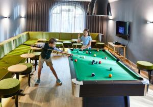 A pool table at Spa & Resort Bachmair Weissach