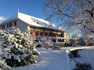 Auberge de la Réunion during the winter