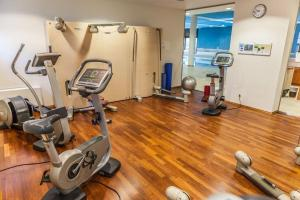 The fitness centre and/or fitness facilities at Hotel Bredeney