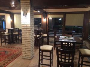 Ресторан / где поесть в Hanul cu Noroc