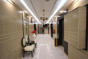 O saguão ou recepção de Darin Furnished Apartments