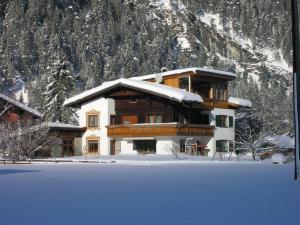Ferienwohnungen Kerber during the winter