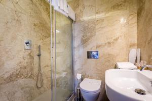 A bathroom at La Torre dei Salterelli