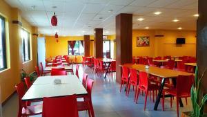 Restaurant o iba pang lugar na makakainan sa Domsowir Hotel and Restaurant