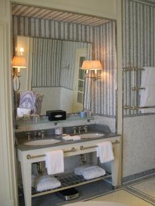 Koupelna v ubytování J.K. Place Capri