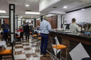 En restaurang eller annat matställe på Hotel Reyesol