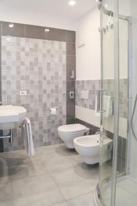 A bathroom at Hotel Torre Sant'Angelo