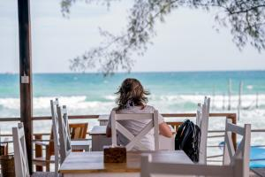 A restaurant or other place to eat at Sara Resort