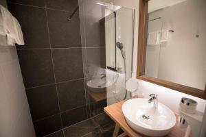 A bathroom at Landgoed Oud Poelgeest
