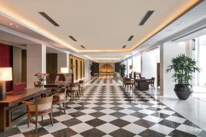 The lobby or reception area at The Oberoi New Delhi