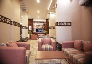 O lounge ou bar de Dar Sadan Hotel Suites