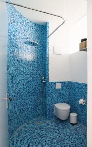 A bathroom at An der Mauer 15