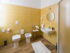 A bathroom at La nostra casa in centro