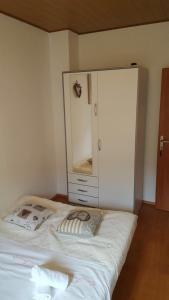 Posteľ alebo postele v izbe v ubytovaní Apartment Smile Podstrana