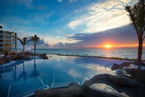 Het zwembad bij of vlak bij Hard Rock Hotel Cancun - All Inclusive