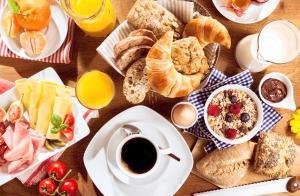 Frühstücksoptionen für Gäste der Unterkunft Camping Zögghof