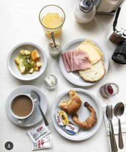 Breakfast options available to guests at Patios de San Telmo