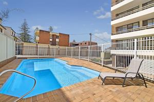 The swimming pool at or near Akuna 20, 6 Joffre Street