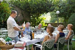 Een restaurant of ander eetgelegenheid bij Al Vecchio Convento