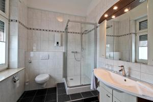 A bathroom at Hotel Jammerkrug