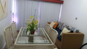 A seating area at Ondina Apart Hotel Residence