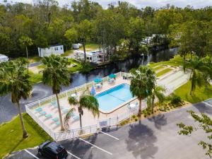 A view of the pool at Homosassa River RV Resort or nearby