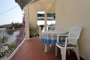 Balkon lub taras w obiekcie Apartments and rooms by the sea Molunat, Dubrovnik - 2137