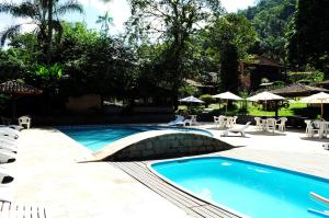 The swimming pool at or close to Hotel da Cachoeira