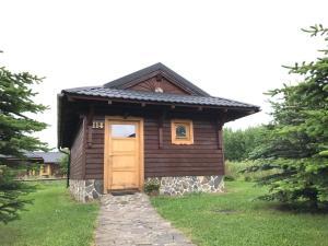 Budova, kde se prázdninový areál nachází
