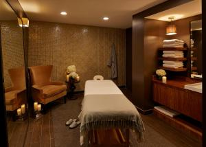 Spa and/or other wellness facilities at Hutton Hotel