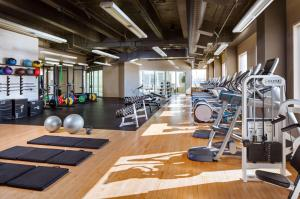 The fitness center and/or fitness facilities at Hyatt Regency Bellevue
