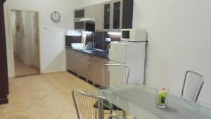 Küche/Küchenzeile in der Unterkunft Apartmán Kaiser