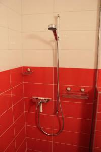 A bathroom at BNB Les Prises