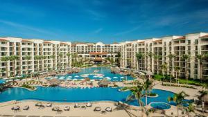 Uma vista da piscina em Hyatt Ziva Los Cabos - All Inclusive ou nos arredores